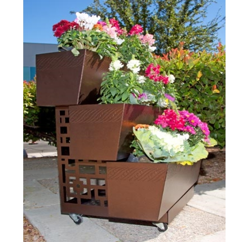Indoor outdoor moving vertical box planter strawberries for Vertical planter boxes
